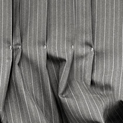 BUSINESS grey chalk stripe 01